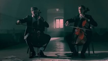 2CELLOS: Shape Of My Heart