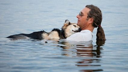 Man Whose Touching Photo With Arthritic Dog Went Viral Has a New Dog
