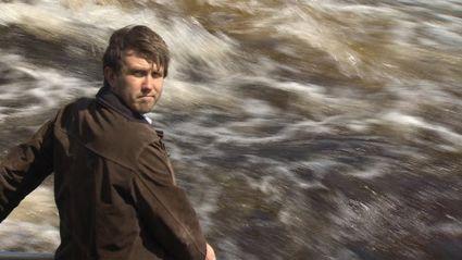 Canadian Reporter Makes a Splash