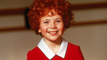 See What The Kid From 'Annie' Looks Like Now