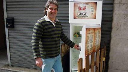 Solidarity Fridge helping feed Spain's Hungry