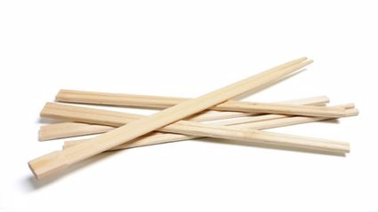 Here's The Real Reason Why Wooden Chopsticks Have That Bit You Break Off At The End