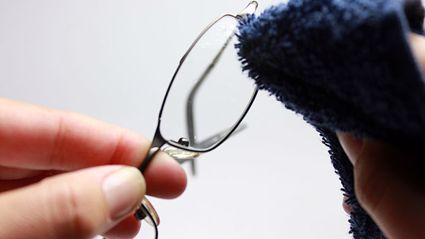 Philip Walsh - The Best Way To Clean Your Glasses