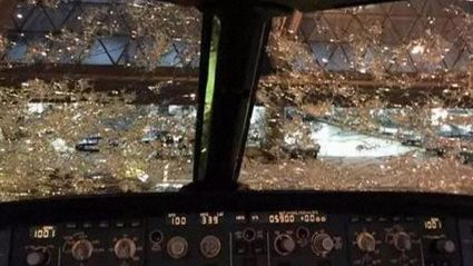 Hail badly damages China Southern jet