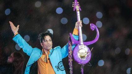 Prince: Incredible Live Performance of Purple Rain