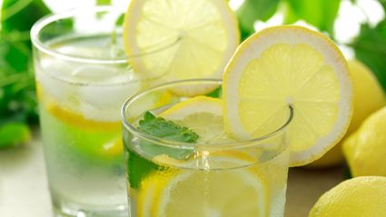 Why You May Want To Stop Putting Lemon Slices In Your Drink