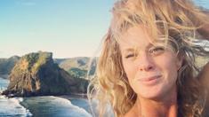 Rachel Hunter's eye-catching NZ beach photos