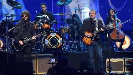 A Rock and Roll Hall of Fame musical tribute to Chuck Berry from ELO!