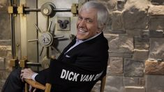 Dick Van Dyke talks about being only original cast member on Mary Poppins