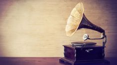 Sony are making plans to bring back Vinyl records and here's why!