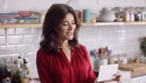 Nigella Lawson shares her love for New Zealand chocolate with British celebs