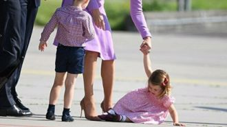 Princess Charlotte throws a tantrum as the family try to board a helicopter