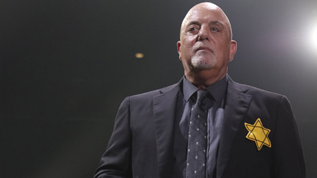 Billy Joel stands up to Charlottesville white supremacists at concert