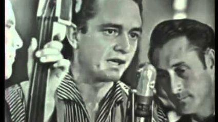 Rare clip of Johnny Cash: I Walk The Line