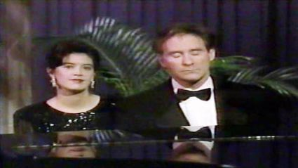 Kevin Kline and Phoebe Cates on Sesame Street