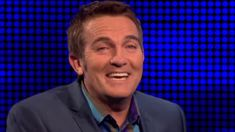Bradley Walsh hilariously loses the plot on 'The Chase'