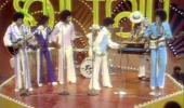 Dancing Machine, Jackson Five. Michael does The Robot!