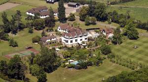 Inside Rod Stewart's $14.2million mansion that he can't seem to sell