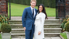 Here's your first look at Meghan Markle's wedding dress!