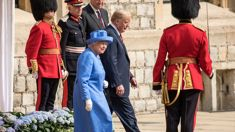 Donald Trump breaks royal protocol in the worst way possible during his visit with the Queen