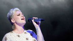 Pink admitted to hospital hours before Sydney show