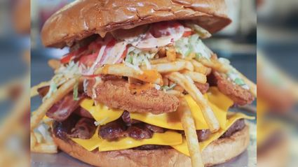 The Arizona Cardinals 7-pound burger challenge