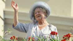 """The Queen Mother's """"steady"""" drinking schedule has been revealed"""