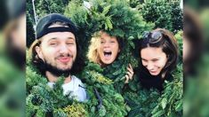 Rachel Hunter shares a heartwarming set of photos from the Hunter family Christmas