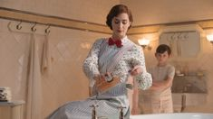 The incredible trick behind the bath scene in Mary Poppins Returns will astound you!