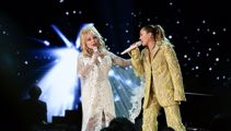 Dolly and Miley perform Jolene
