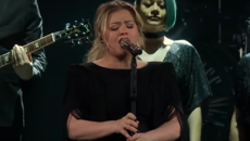 Watch Kelly Clarkson's incredible cover of Lady Gaga and Bradley Cooper's 'Shallow'