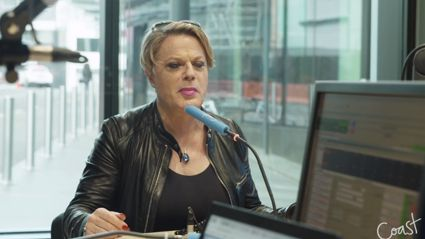 Mel and JT speak to Eddie Izzard about his incredible achievements