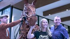 Jase and Bernie meet the stars of War Horse