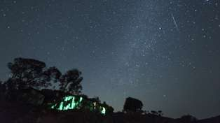 New Zealanders will have the perfect view of a meteor shower this weekend!