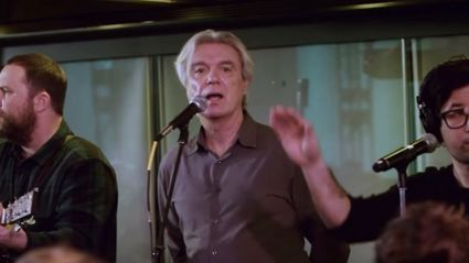 David Byrne and a New York crowd with a spine-tingling cover of David Bowie's Heroes