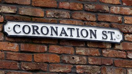 SPOILER ALERT: Coronation Street character receives major pregnancy bombshell!