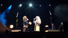 Emmylou Harris performs STUNNING cover of Sarah McLachlan's 'Angel'