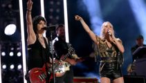 Joan Jett performs EPIC medley of her hit songs with Carrie Underwood at the CMA Fest