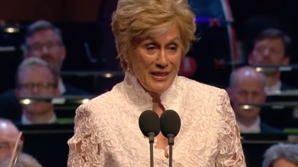 Dame Kiri Te Kanawa stepped out wearing a $38.50 bed sheet as a skirt ...