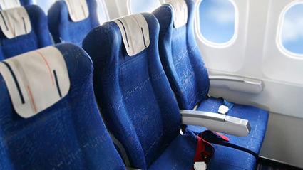 Man sparks heated debate after asking stranger to swap seats on flight