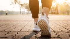 Study finds fast walkers live LONGER than slow walkers!