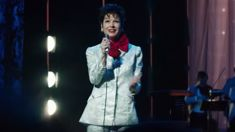 Renée Zellweger impresses with amazing Judy Garland transformation in new biopic trailer!