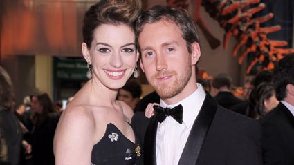Anne Hathaway announces she's pregnant!