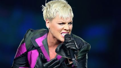 Pink's epic response to 'mum shamers' who slammed Jessica Simpson for dyeing her daughter's hair