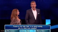 """Bradley Walsh pulls The Chase contestant off-stage after she hilariously """"broke the rules"""""""