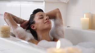 A new study claims a hot bath could burn as many calories as a workout