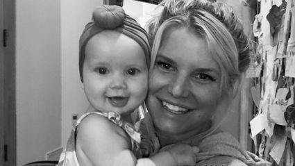 Jessica Simpson shows off incredible 45kg weight loss six months after giving birth to baby girl