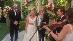 Rod Stewart surprises couple at their Las Vegas wedding and serenades the bride