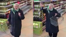 Stevie Wonder's 'Part Time Lover' makes granny break into joyful dance in the supermarket
