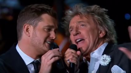 Michael Bublé and Rod Stewart belt out festive cover of 'Winter Wonderland'